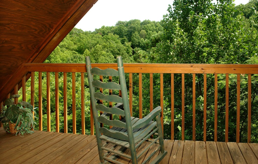 Photo of a Gatlinburg Cabin named Fox Run Escape #1140 - This is the thirty-fourth photo in the set.