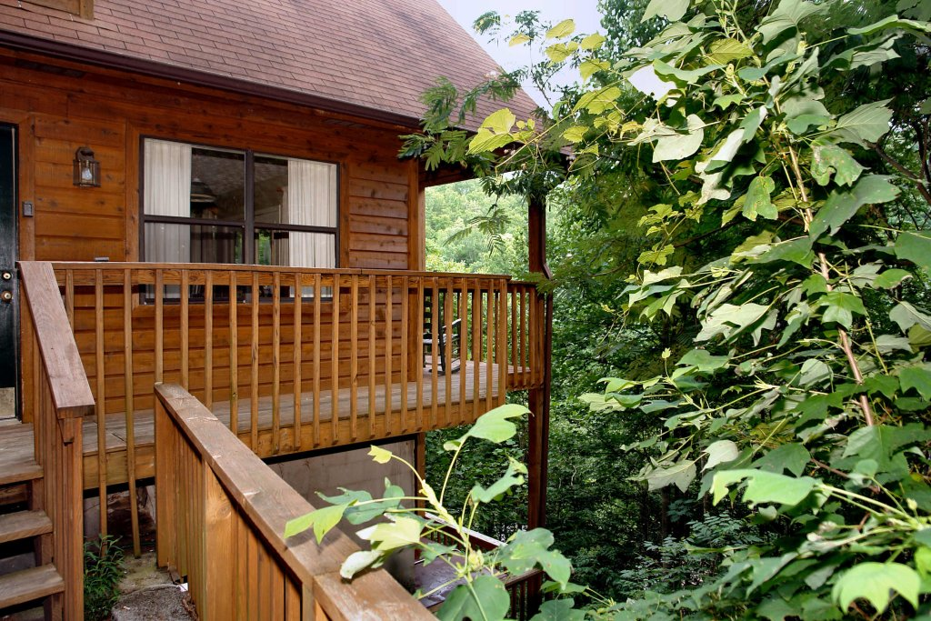 Photo of a Gatlinburg Cabin named Fox Run Escape #1140 - This is the forty-second photo in the set.