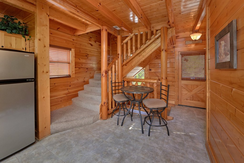 Photo of a Pigeon Forge Cabin named Legacy Vista - This is the ninth photo in the set.