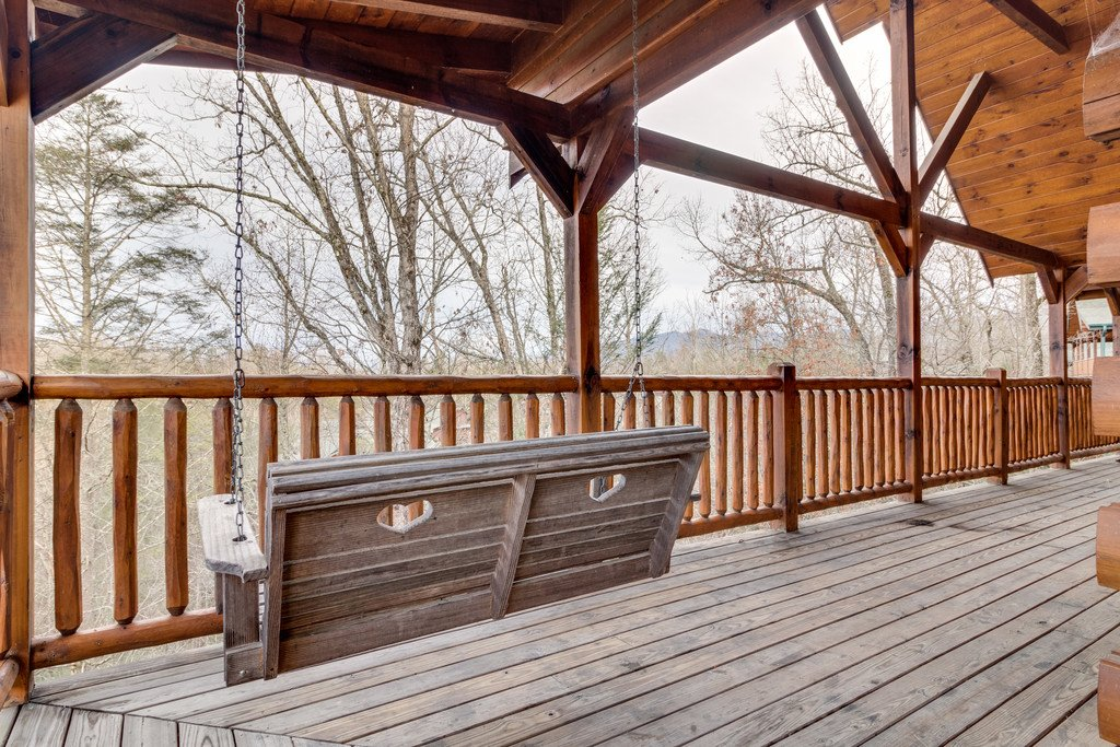 Photo of a Gatlinburg Cabin named Star Gazer At Hemlock Hills - This is the eighth photo in the set.