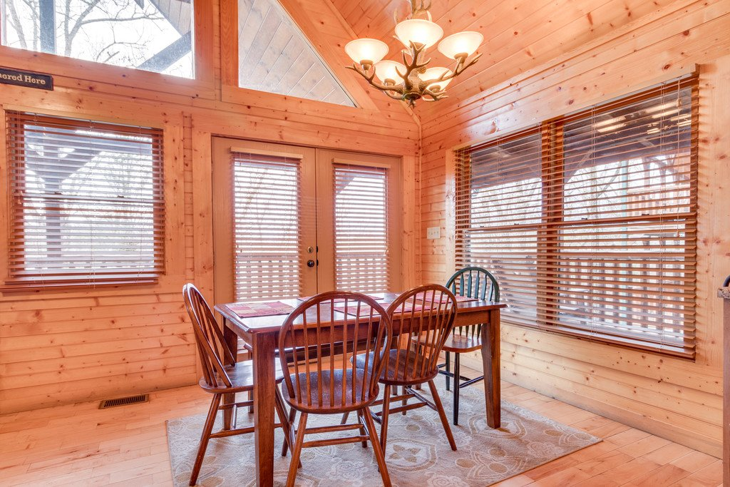 Photo of a Gatlinburg Cabin named Star Gazer At Hemlock Hills - This is the twelfth photo in the set.