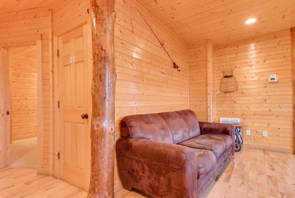 Photo of a Gatlinburg Cabin named Star Gazer At Hemlock Hills - This is the twenty-ninth photo in the set.