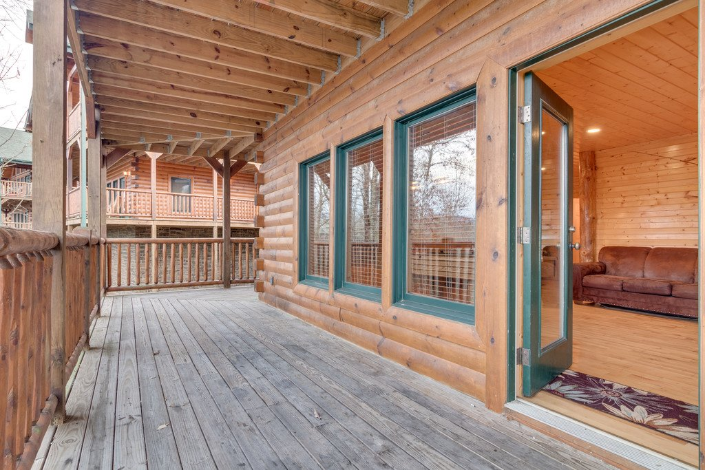 Photo of a Gatlinburg Cabin named Star Gazer At Hemlock Hills - This is the thirty-second photo in the set.