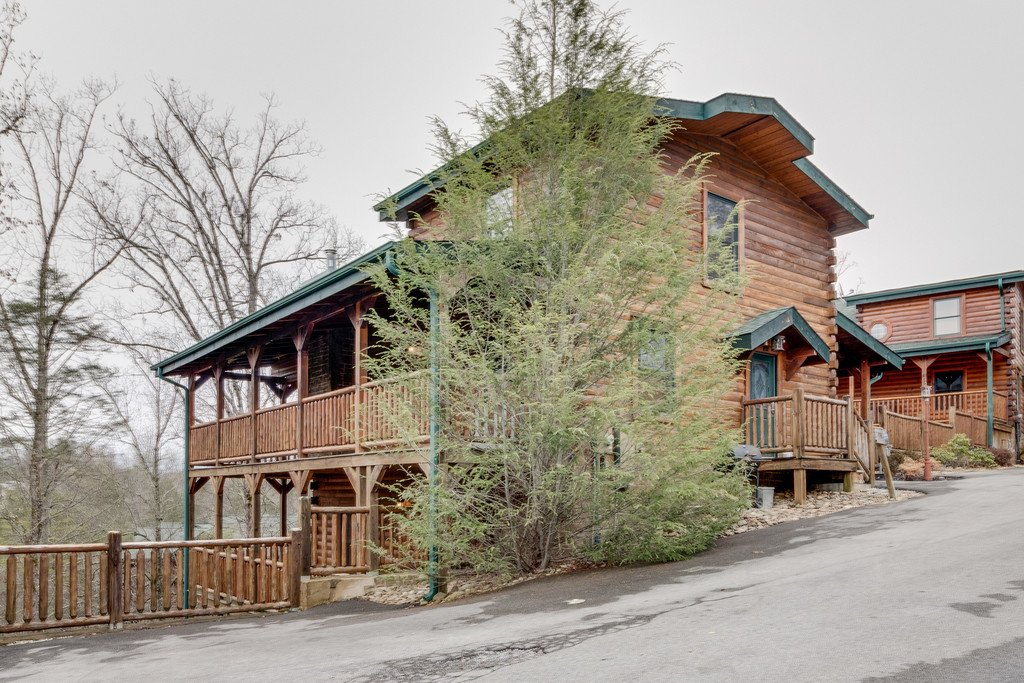 Photo of a Gatlinburg Cabin named Star Gazer At Hemlock Hills - This is the forty-sixth photo in the set.