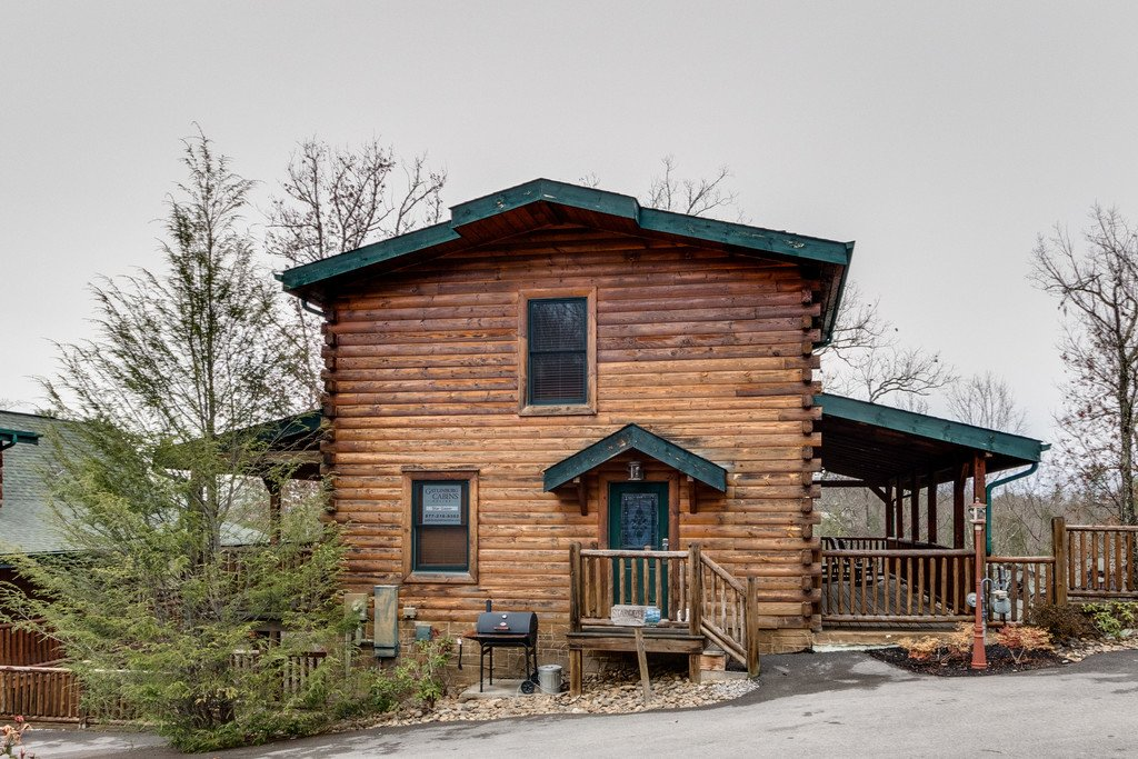 Photo of a Gatlinburg Cabin named Star Gazer At Hemlock Hills - This is the forty-fifth photo in the set.