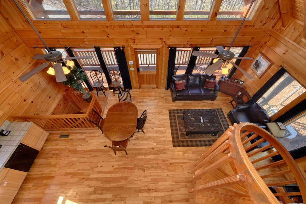 Photo of a Gatlinburg Cabin named Smoky Mountain Serenity - This is the thirty-third photo in the set.