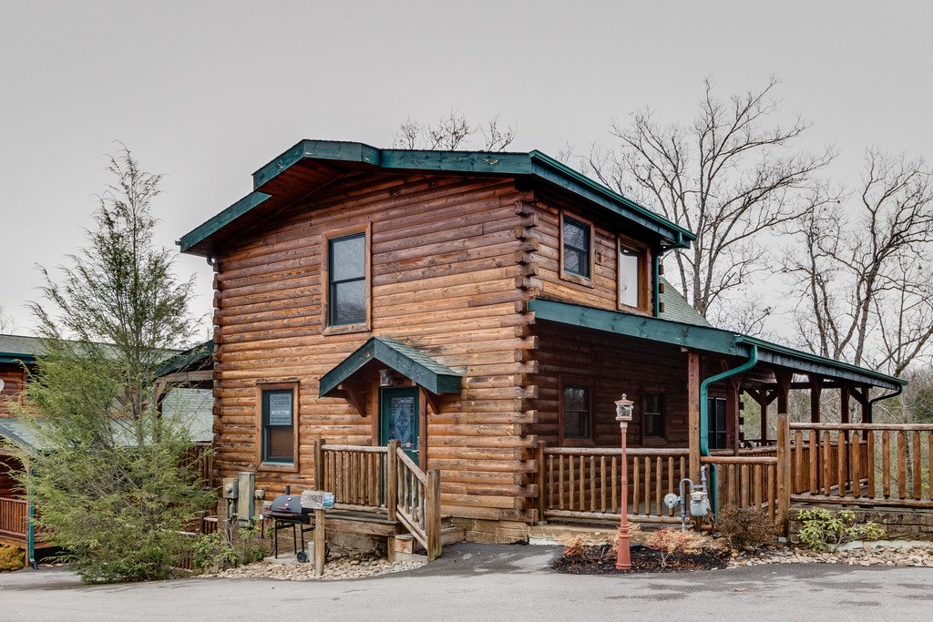 Photo of a Gatlinburg Cabin named Star Gazer At Hemlock Hills - This is the forty-fourth photo in the set.
