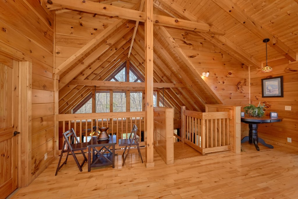 Photo of a Gatlinburg Cabin named Smoky Mountain Serenity - This is the thirty-seventh photo in the set.