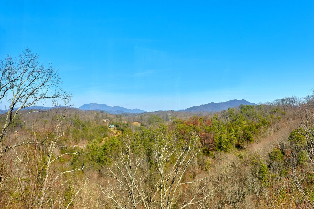 Photo of a Gatlinburg Cabin named Smoky Mountain Serenity - This is the fifty-second photo in the set.