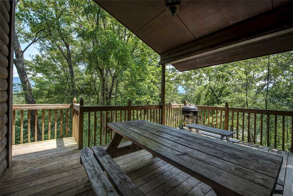 Photo of a Gatlinburg Cabin named Scenic Vista - This is the twenty-sixth photo in the set.