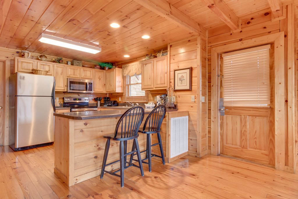 Photo of a Pigeon Forge Cabin named Lap Of Luxury - This is the ninth photo in the set.