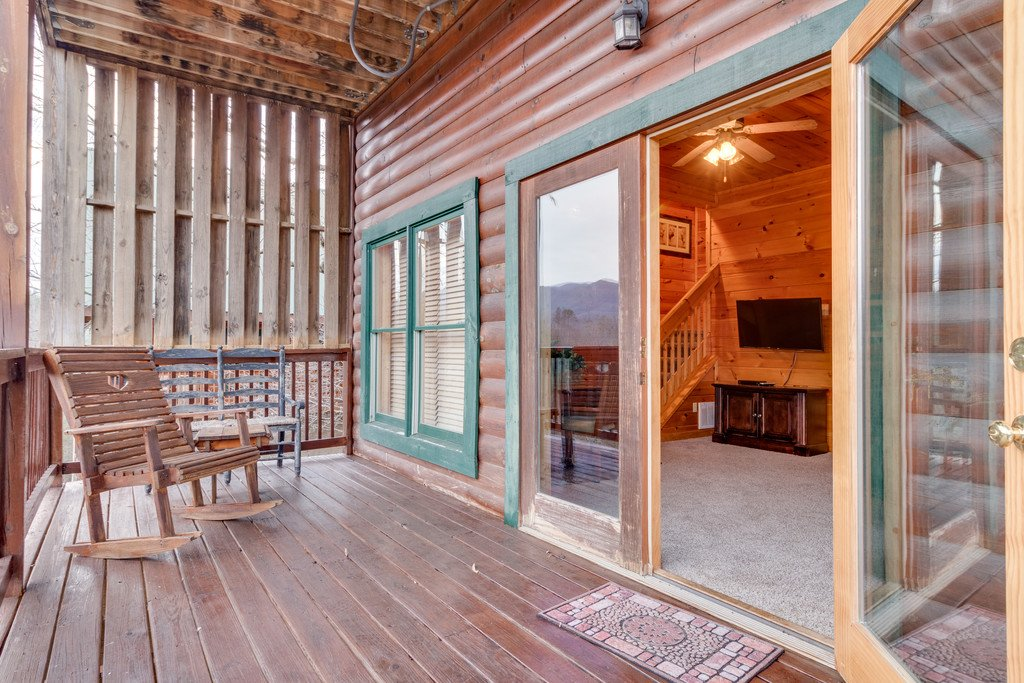 Photo of a Pigeon Forge Cabin named Lap Of Luxury - This is the forty-fourth photo in the set.
