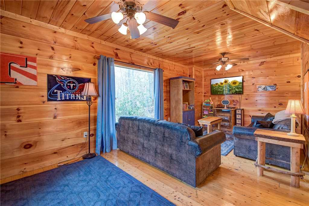 Photo of a Gatlinburg Cabin named A Tennessee Treasure Ii - This is the twelfth photo in the set.