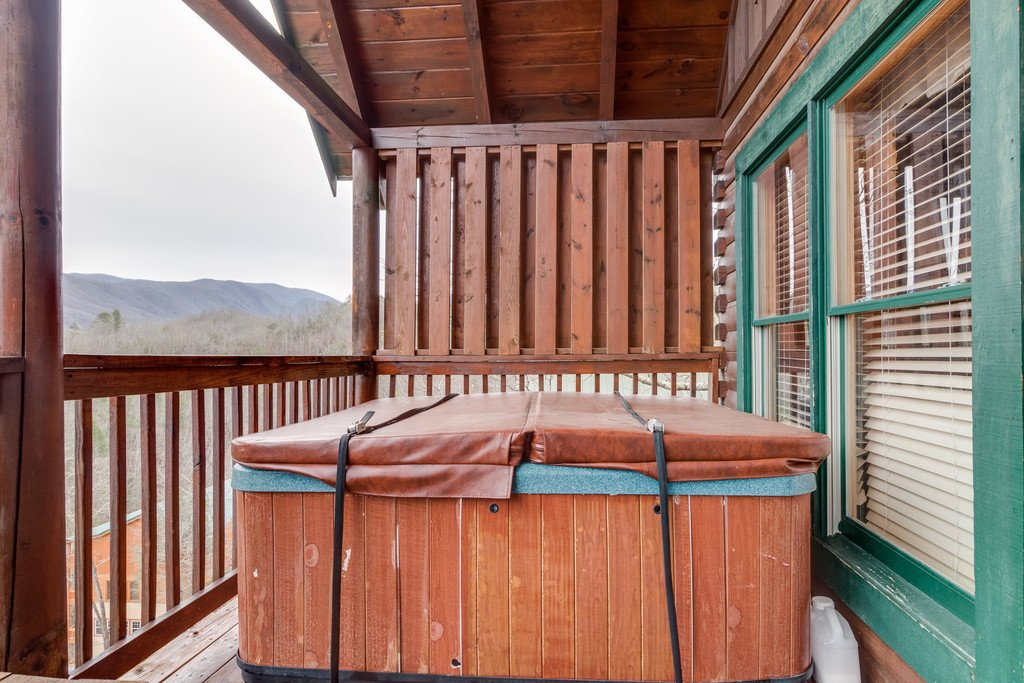 Photo of a Pigeon Forge Cabin named Lap Of Luxury - This is the fifty-first photo in the set.