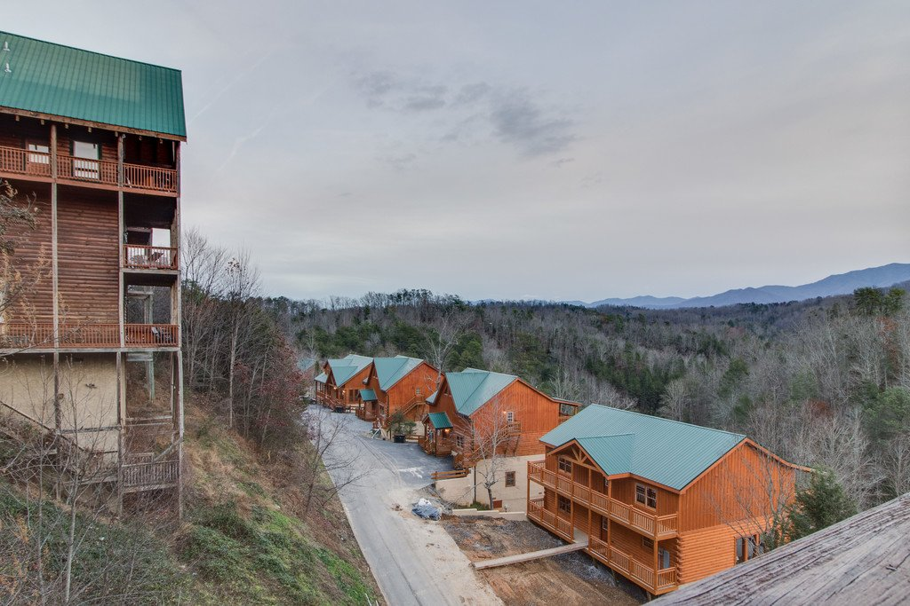 Photo of a Pigeon Forge Cabin named Lap Of Luxury - This is the sixty-first photo in the set.