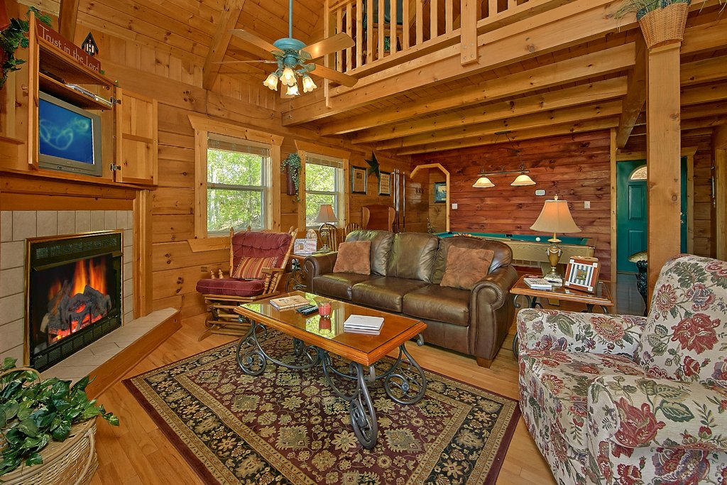 Photo of a Gatlinburg Cabin named American Dream #142 - This is the sixth photo in the set.