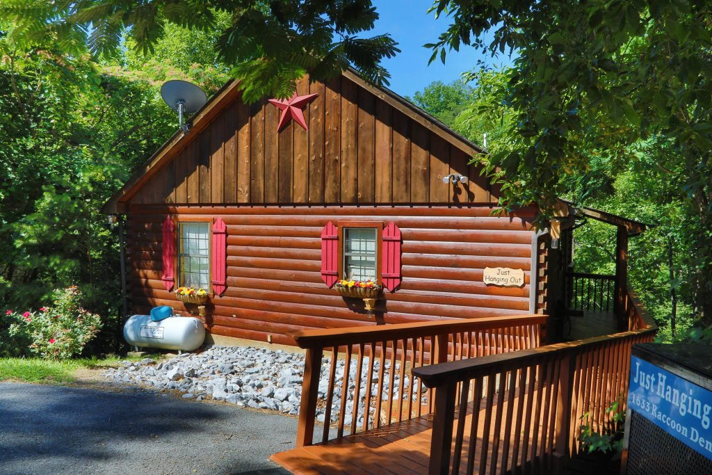 Photo of a Pigeon Forge Cabin named Just Hanging Out - This is the tenth photo in the set.