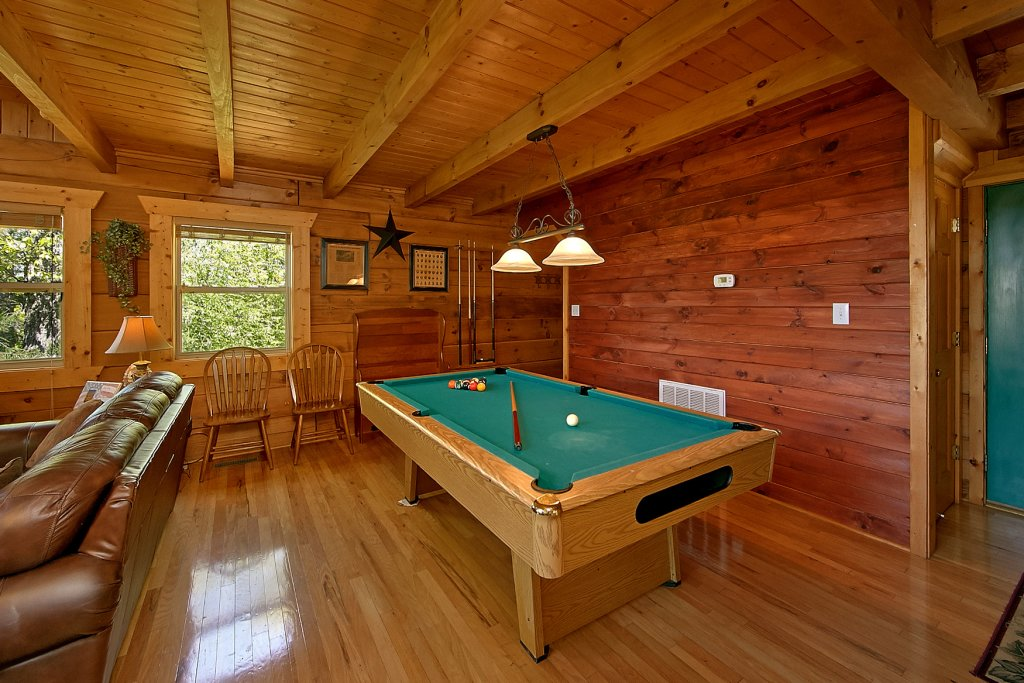 Photo of a Gatlinburg Cabin named American Dream #142 - This is the seventh photo in the set.