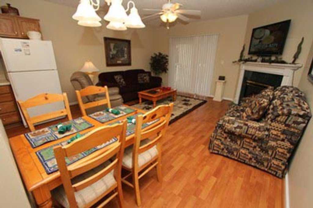Photo of a Pigeon Forge Condo named Whispering Pines 111 - This is the second photo in the set.
