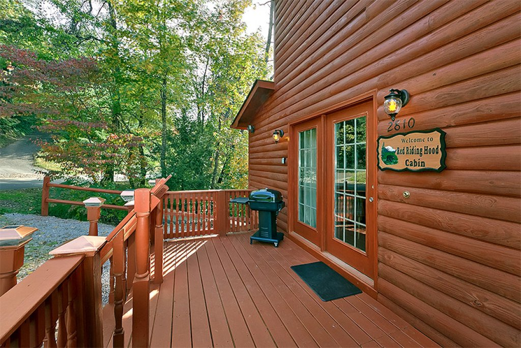Photo of a Pigeon Forge Cabin named Private Paradise #2810 - This is the fourteenth photo in the set.