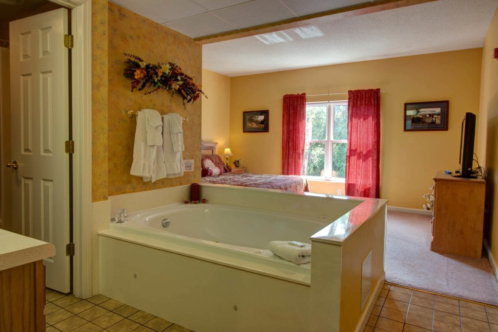 Photo of a Pigeon Forge Condo named Whispering Pines 333 - This is the thirteenth photo in the set.