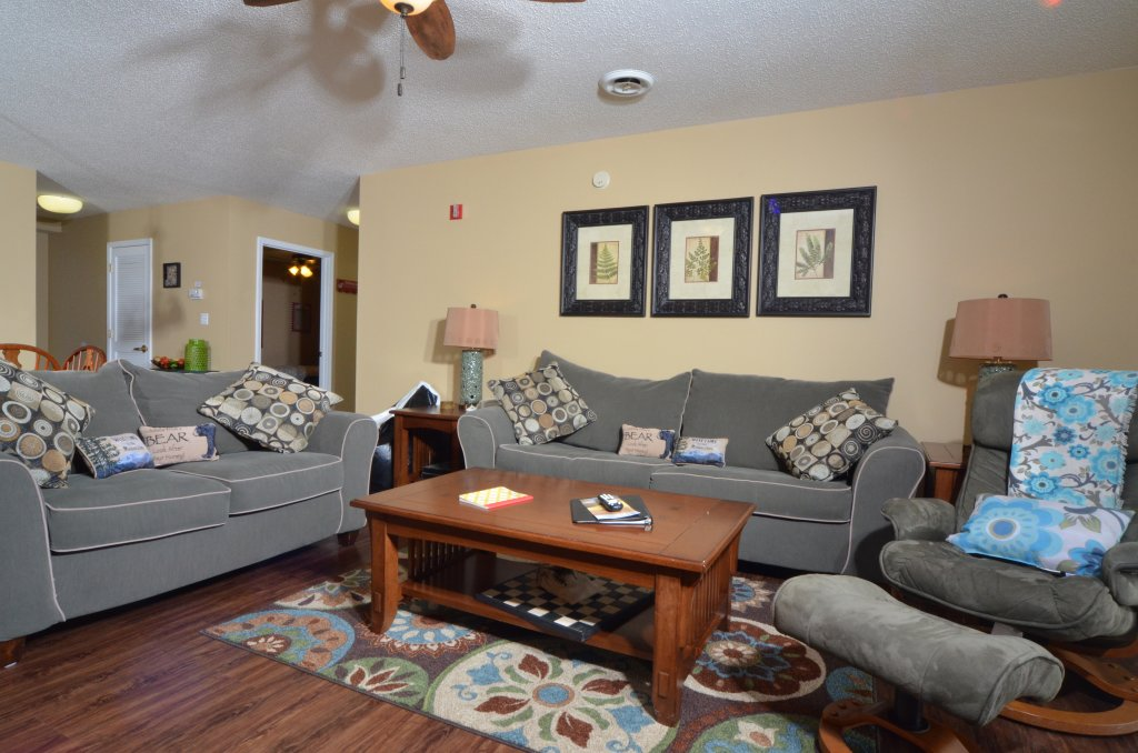 Photo of a Pigeon Forge Condo named Whispering Pines 454 - This is the second photo in the set.