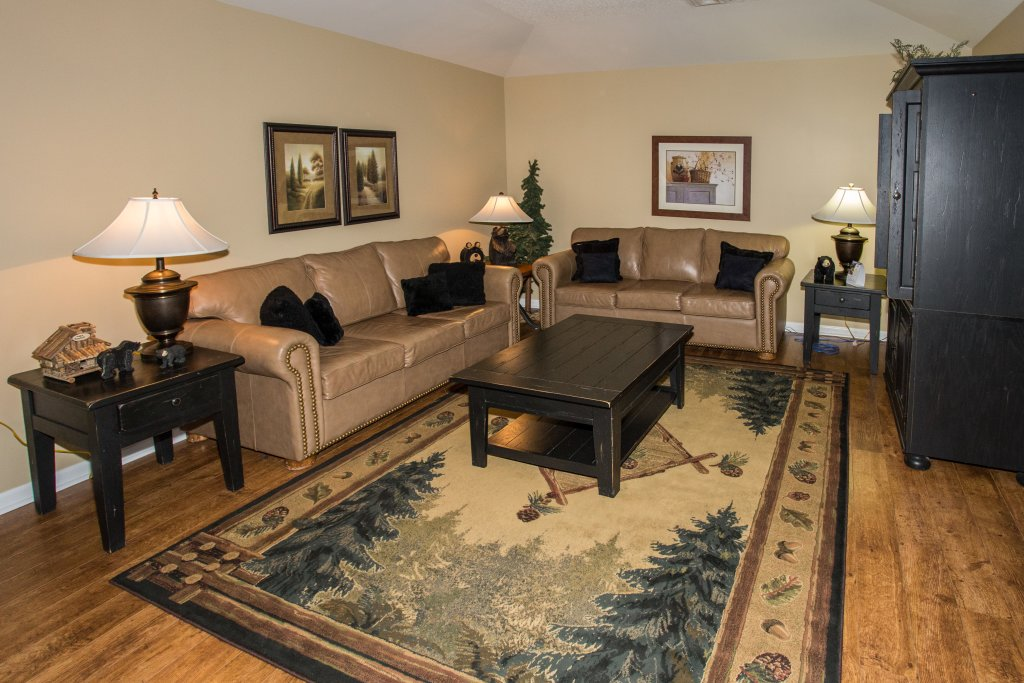 Photo of a Pigeon Forge Condo named Bear Crossing 503 Nb - This is the second photo in the set.