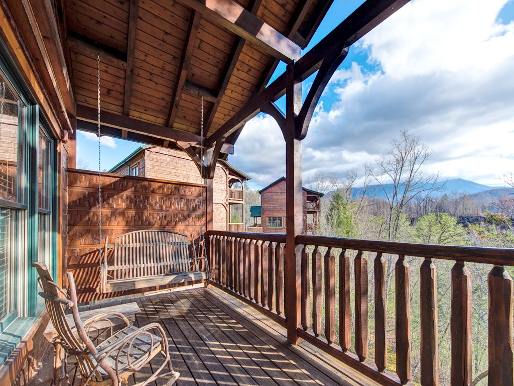 Photo of a Gatlinburg Cabin named Gatlinburg Majesty - This is the fifty-fourth photo in the set.