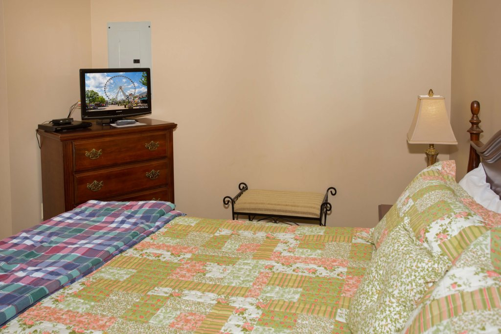 Photo of a Pigeon Forge Condo named Whispering Pines 211 - This is the tenth photo in the set.