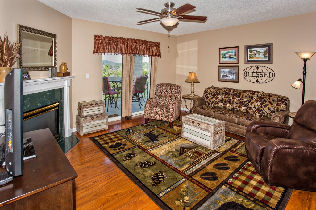 Photo of a Pigeon Forge Condo named Whispering Pines 211 - This is the first photo in the set.