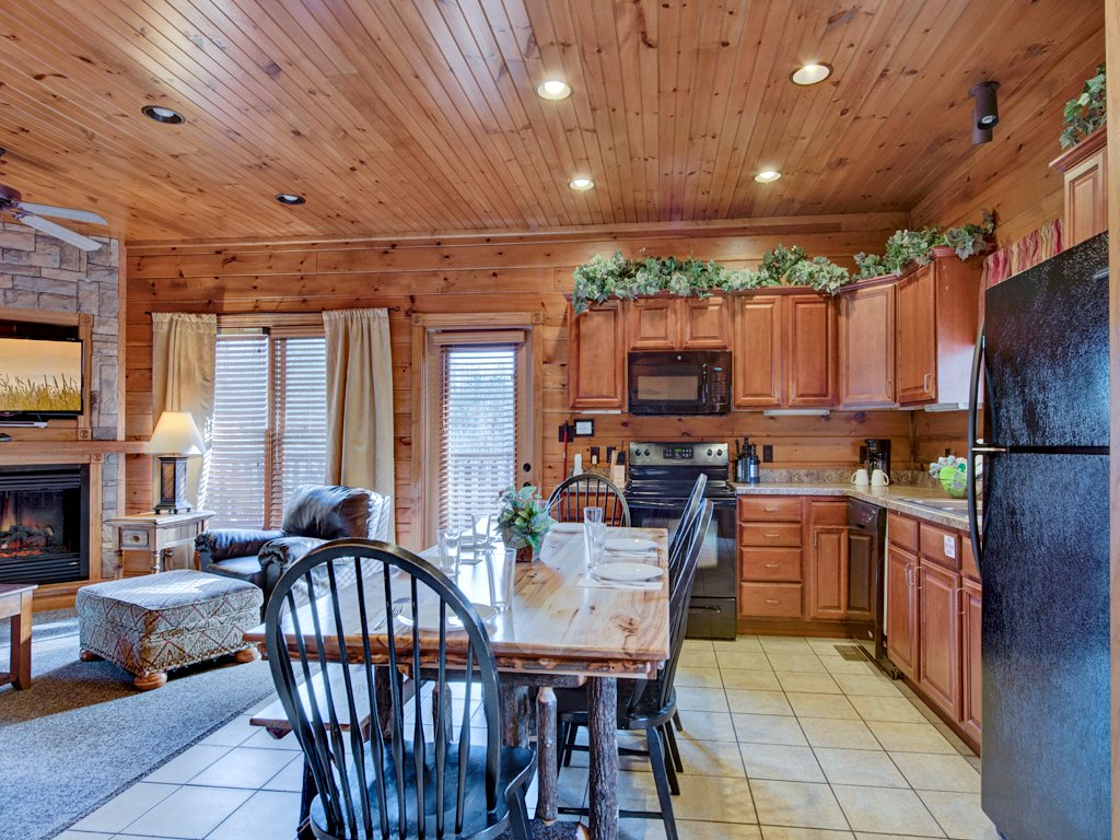 Photo of a Gatlinburg Cabin named Gatlinburg Majesty - This is the ninth photo in the set.