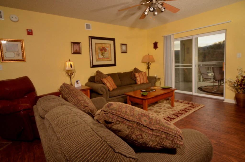 Photo of a Pigeon Forge Condo named Whispering Pines 523 - This is the third photo in the set.