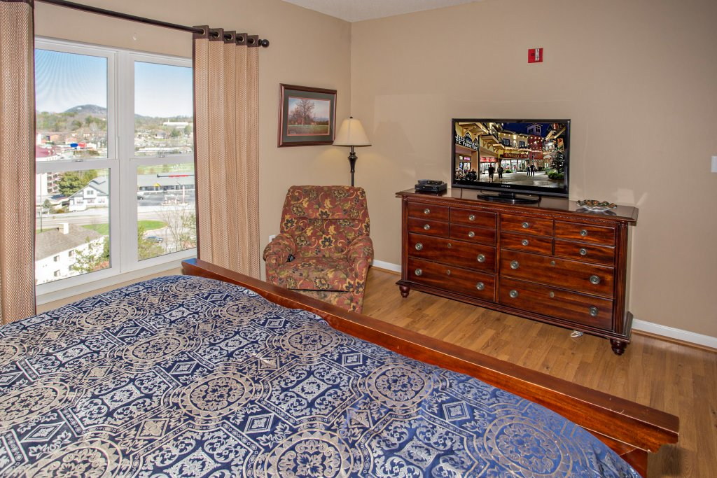 Photo of a Pigeon Forge Condo named Whispering Pines 222 - This is the eighth photo in the set.