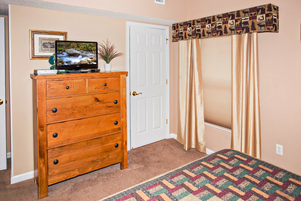 Photo of a Pigeon Forge Condo named Bear Crossing 101 - This is the eighth photo in the set.