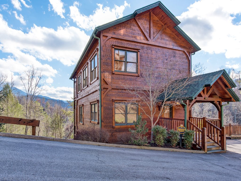 Photo of a Gatlinburg Cabin named Gatlinburg Majesty - This is the fifty-sixth photo in the set.
