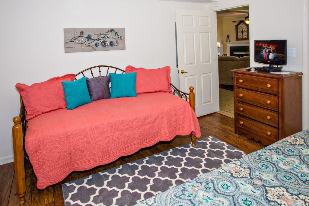 Photo of a Pigeon Forge Condo named Whispering Pines 104 - This is the ninth photo in the set.