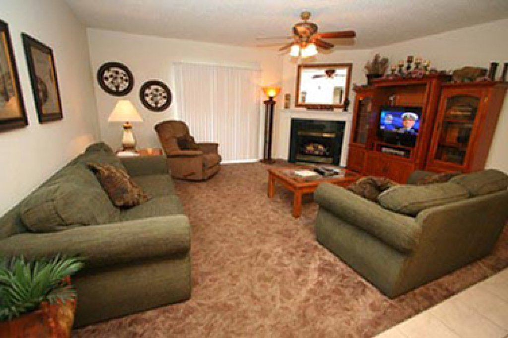 Photo of a Pigeon Forge Condo named Whispering Pines 634 - This is the first photo in the set.