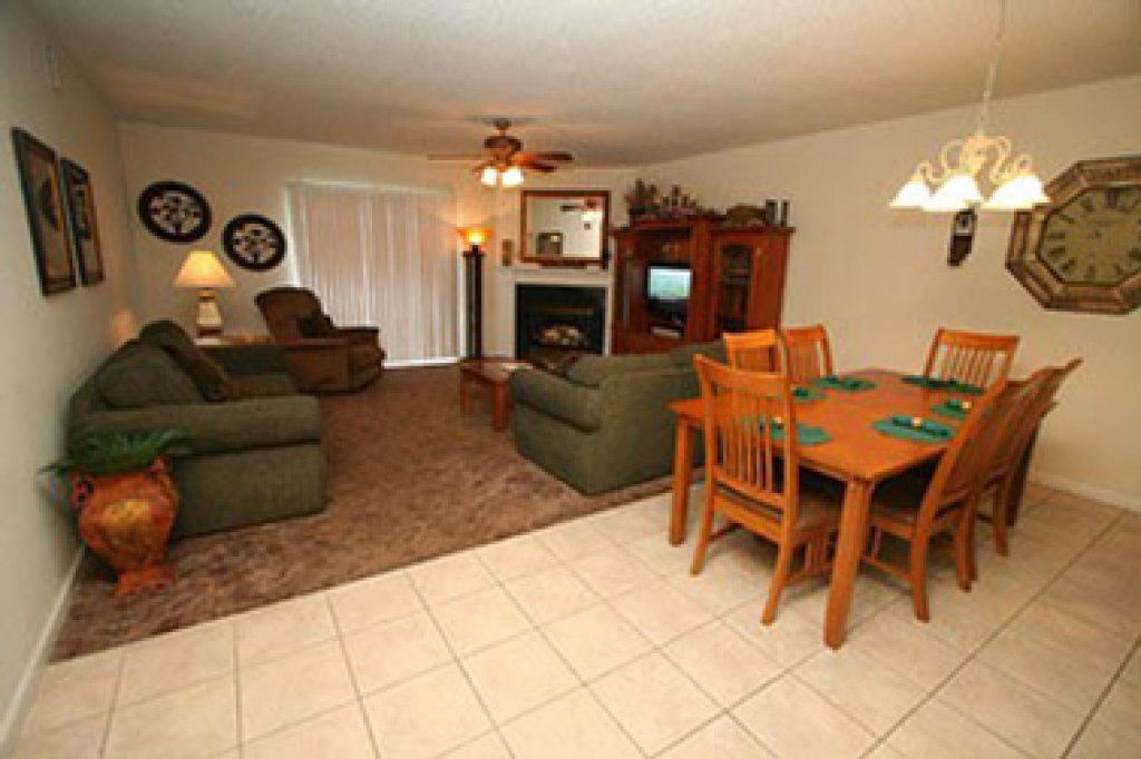 Photo of a Pigeon Forge Condo named Whispering Pines 634 - This is the third photo in the set.