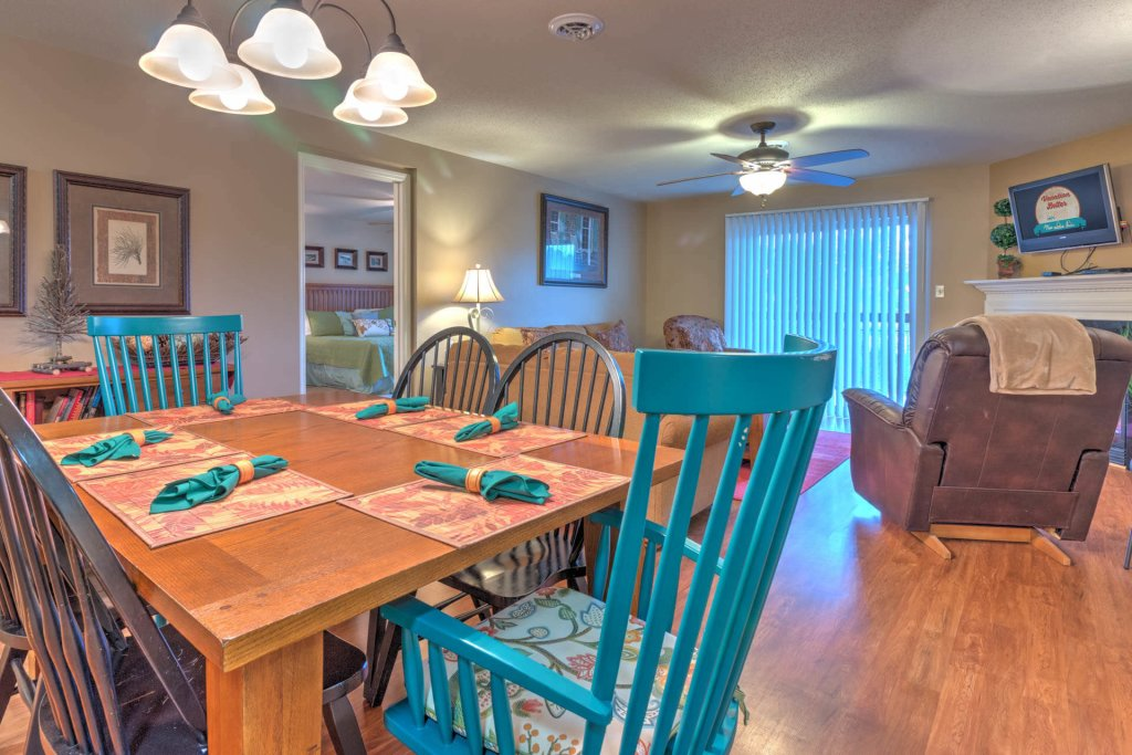 Photo of a Pigeon Forge Condo named Cedar Lodge 701 - This is the ninth photo in the set.