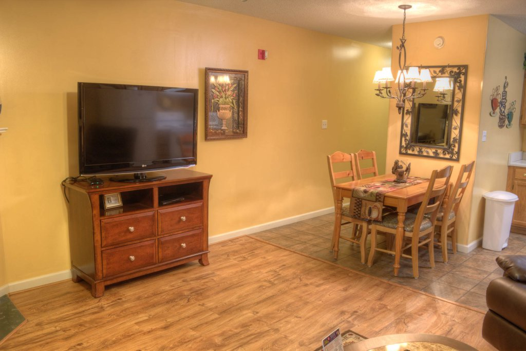 Photo of a Pigeon Forge Condo named Whispering Pines 141 - This is the fourth photo in the set.