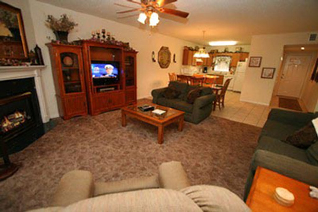 Photo of a Pigeon Forge Condo named Whispering Pines 634 - This is the second photo in the set.
