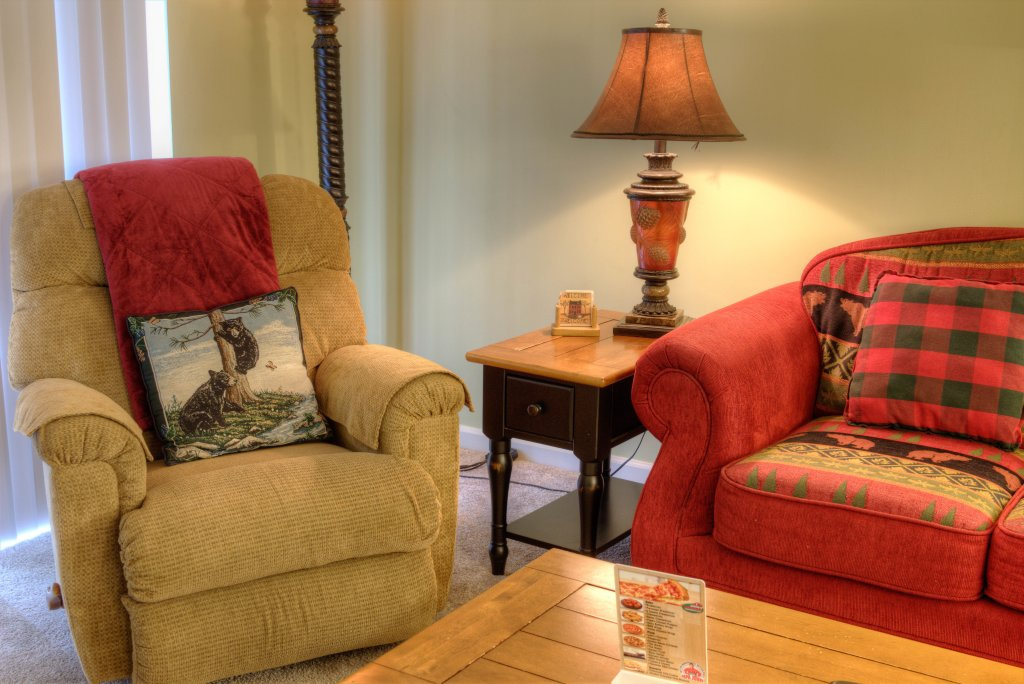 Photo of a Pigeon Forge Condo named Whispering Pines 334 - This is the third photo in the set.