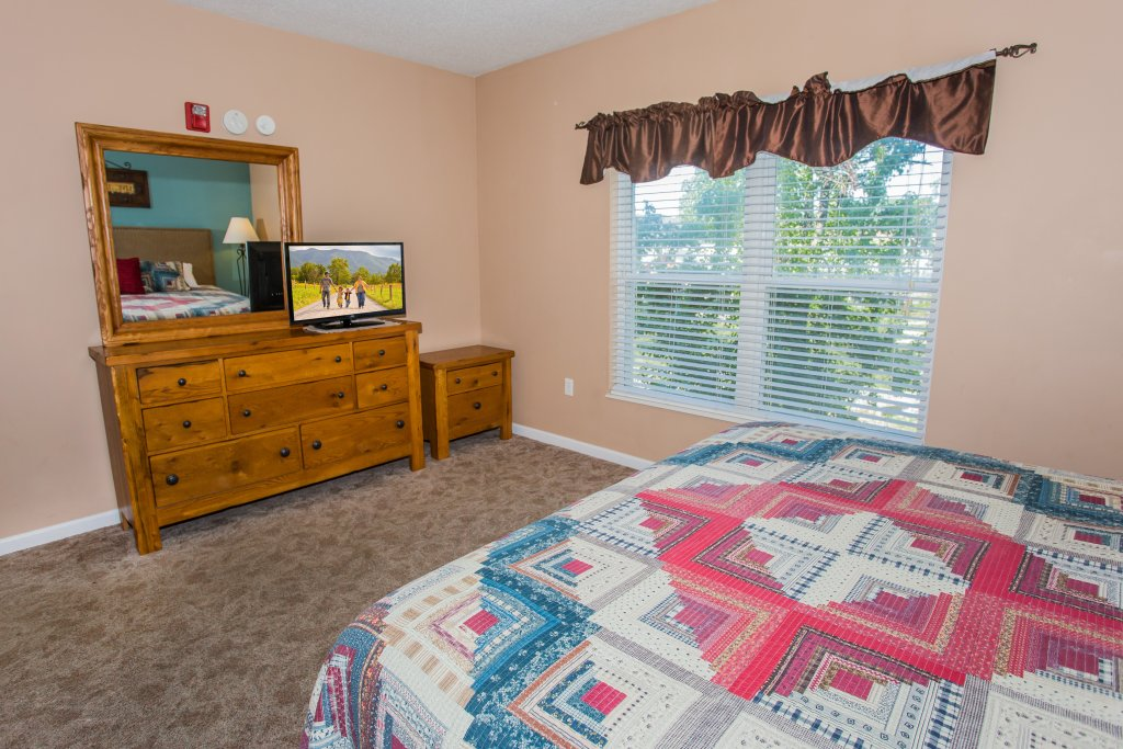 Photo of a Pigeon Forge Condo named Bear Crossing 203 - This is the seventh photo in the set.