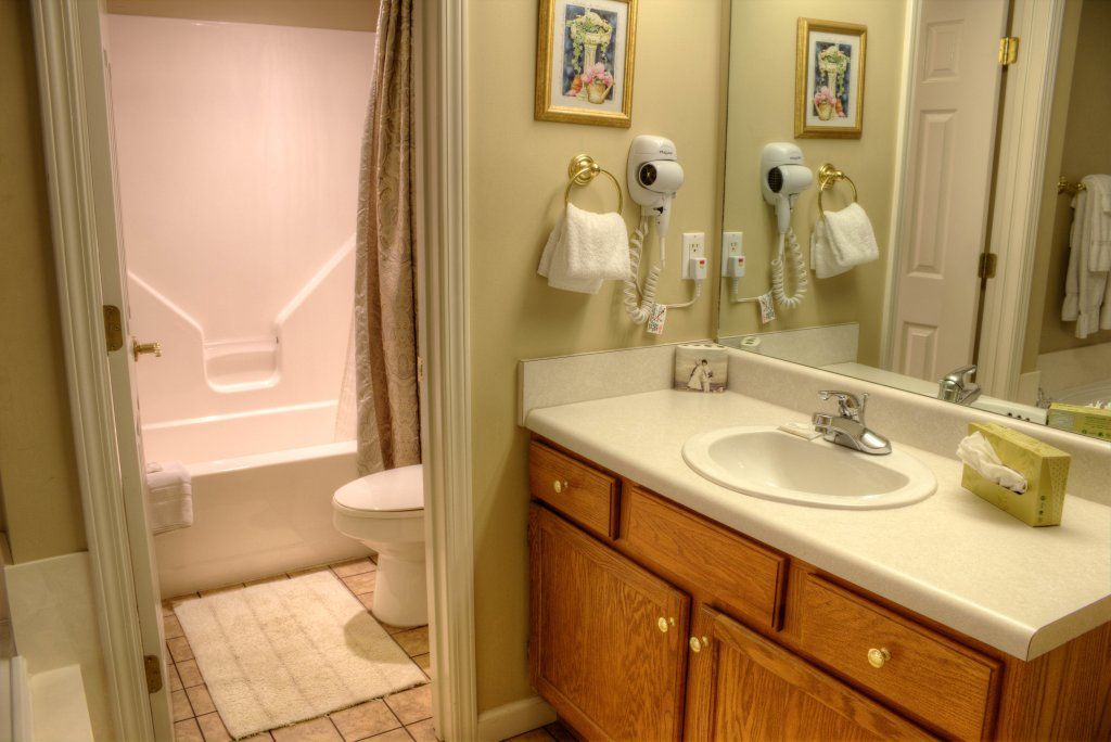 Photo of a Pigeon Forge Condo named Whispering Pines 334 - This is the fourteenth photo in the set.