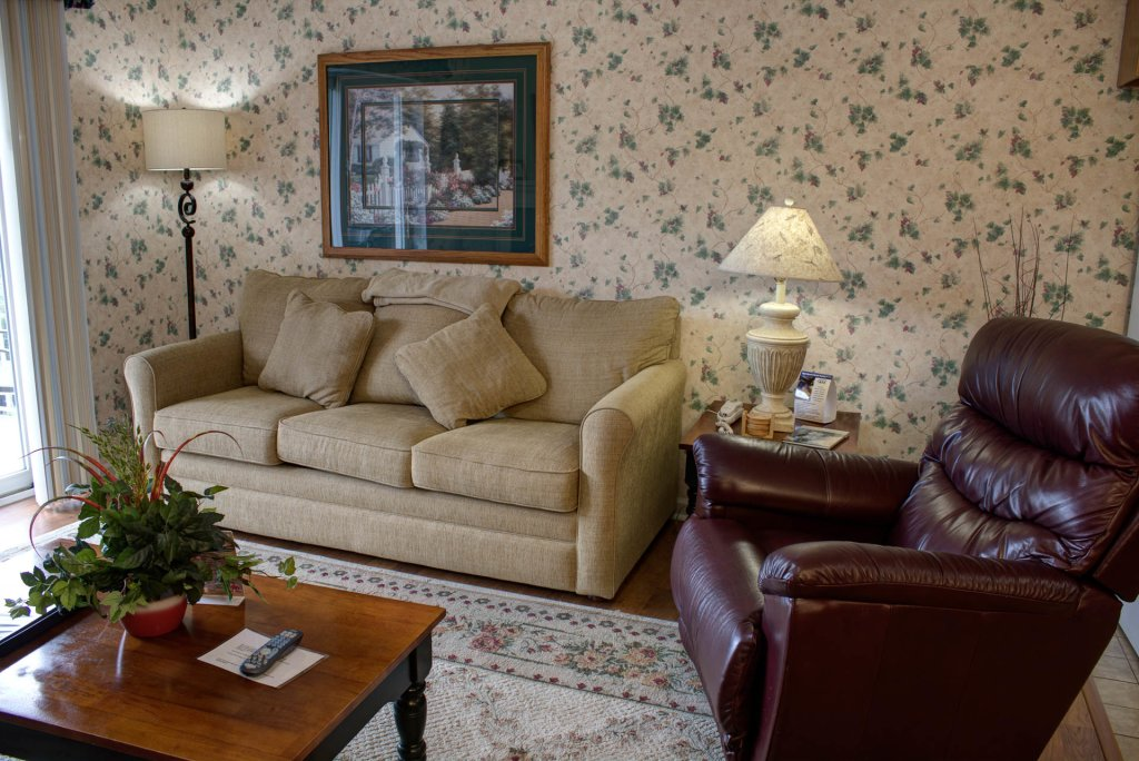 Photo of a Pigeon Forge Condo named Whispering Pines 421 - This is the first photo in the set.