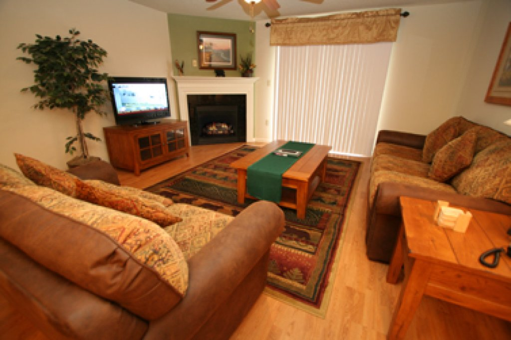 Photo of a Pigeon Forge Condo named Cedar Lodge 705 - This is the second photo in the set.