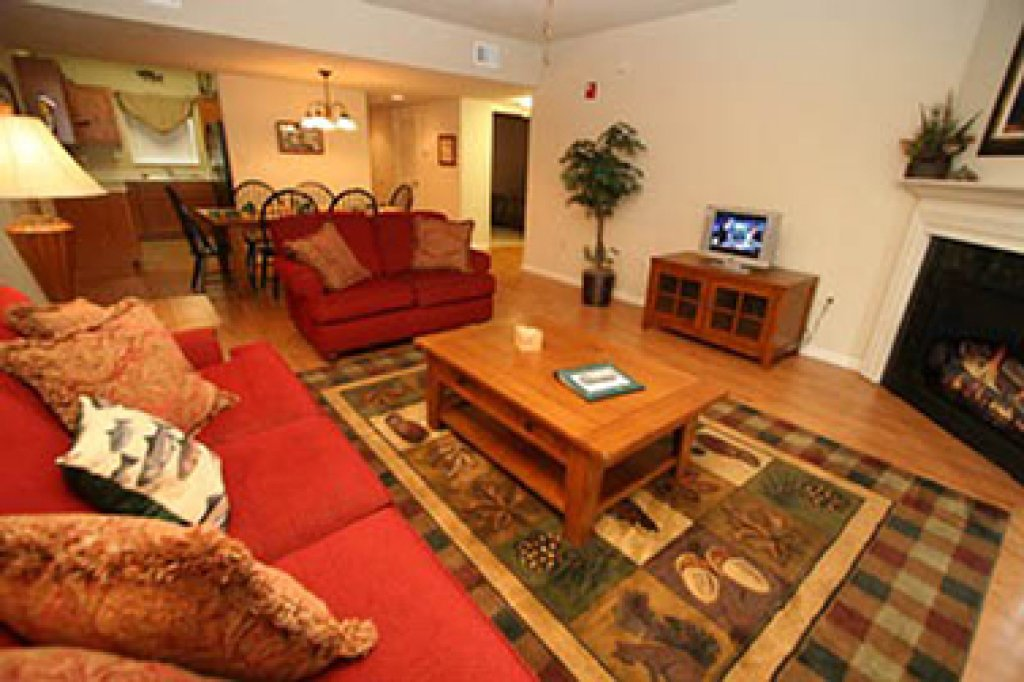 Photo of a Pigeon Forge Condo named Cedar Lodge 605 - This is the first photo in the set.
