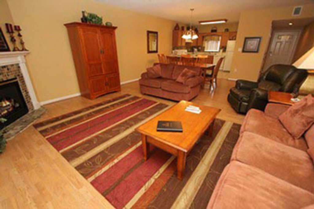 Photo of a Pigeon Forge Condo named Whispering Pines 644 - This is the third photo in the set.
