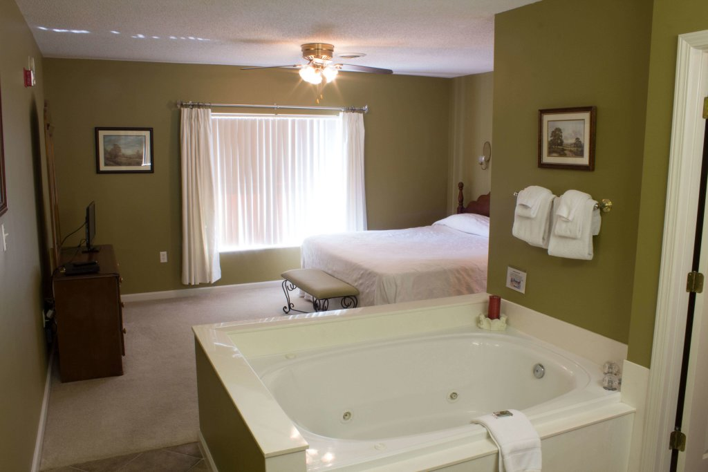 Photo of a Pigeon Forge Condo named Whispering Pines 453 - This is the third photo in the set.