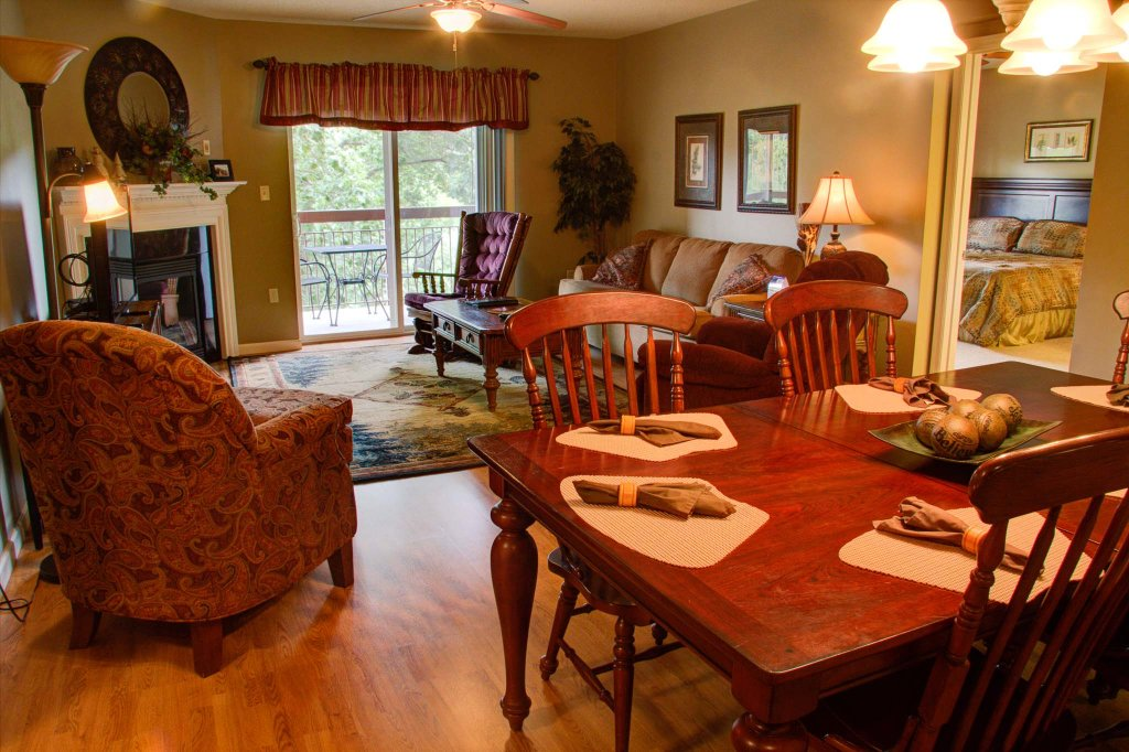 Photo of a Pigeon Forge Condo named Cedar Lodge 505 - This is the fifth photo in the set.